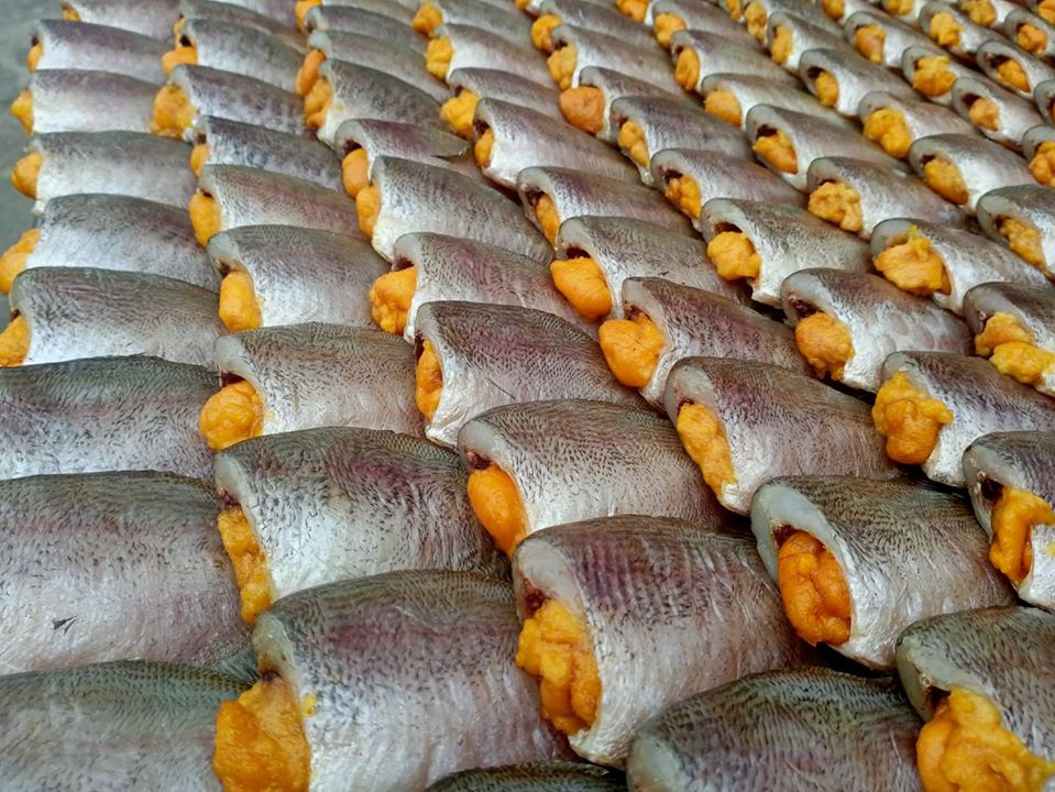 แนะนำเมนูเด็ด ยำมะม่วงไข่ปลาสลิดทอด